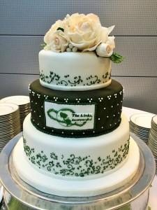 fondant corporate cake